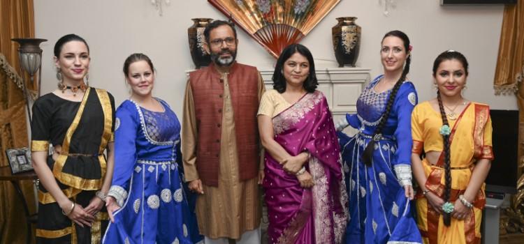 Panna na proslavi Divalija u rezidenciji Ambasadora Indije